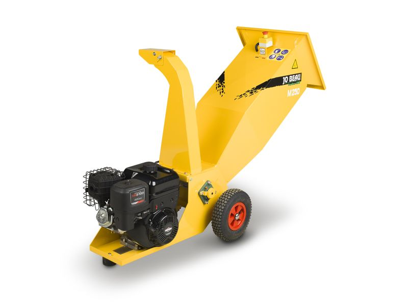 M250 Garden Line wood chipper